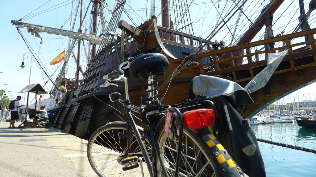 Rent a Bike Clipper Ship Barcelona